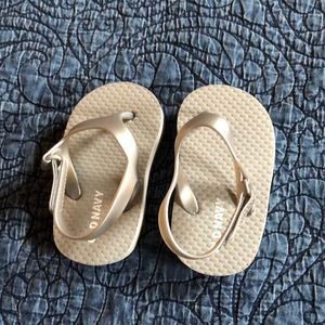 Old Navy Baby Flip Flops, silver size 3